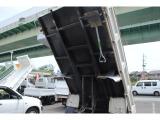 中古トラック専門店!整備・架装・塗装トラックのことはお任せください!