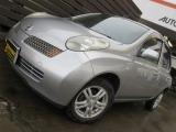 日産 マーチ 1.4 14c-four 4WD