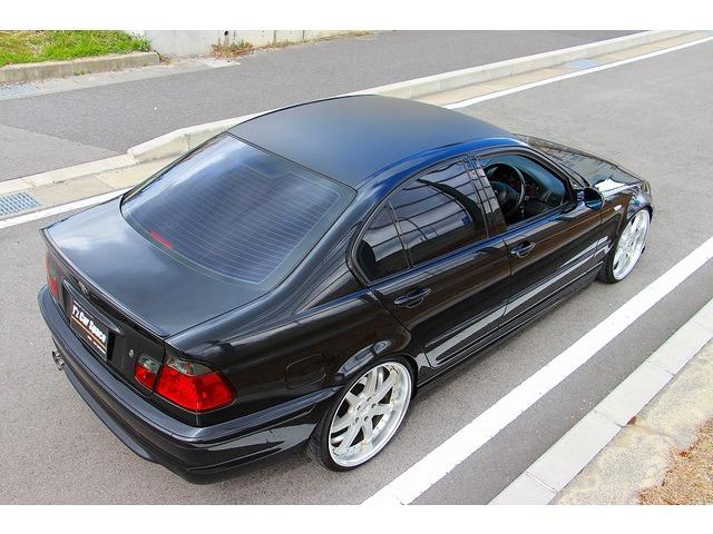 BMW 320i