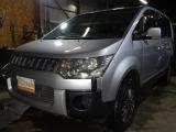 三菱 デリカD:5 2.4 G 4WD