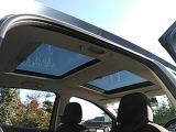 ◎きれいな天井◎サンルーフ部分には直射日光を防ぐシェードが付いてます◎