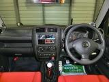 フル装備!ABS・CD・キーレス・ETC・フォグ・エアコン・など嬉しい装備です!
