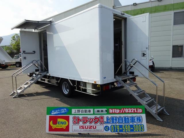 いすゞ エルフ  移動販売車 4WD 冷蔵商品陳列棚