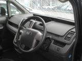 トヨタ ヴォクシー 2.0 Z 4WD
