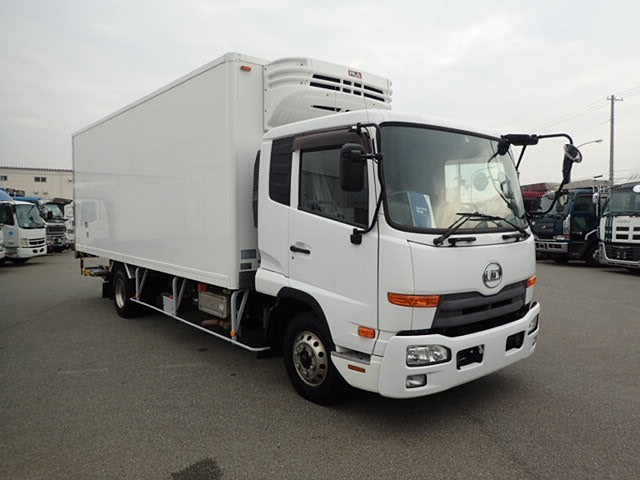 UDトラックス コンドル  H25 2.8t 冷凍 -30度 PG