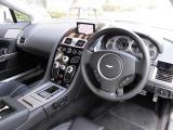アストンマーティン V8 ヴァンテージ