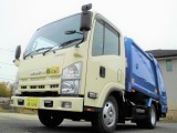 H25年式エルフ2t積みプレス式パッカー車。CNG(天然ガス)車。