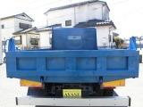 車輌の外寸は長さ527cm・幅215cm・高さ238cmです。