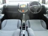 ★安全装備にWエアバッグ・ABSを装備。