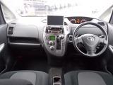 トヨタ ラクティス 1.5 G Sパッケージ