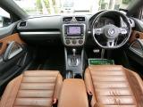 フル装備!HID・ABS・CD・HDDナビ地デジフルセグTV・キーレス・ETC・フォグ・パワーシート・シートヒーター・オートエアコン・ガラスルーフなど嬉しい豪華な装備です!