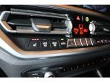 前席パワーシートにシートヒーター付き!運転席にはメモリー機能も付いてます!