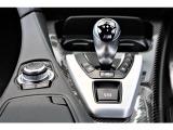 シフトは、走りと高い効率の両立を実現した7速のMダブル・クラッチ・トランスミッションM DCT Drivelogic!!