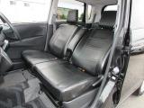 ---徹底した内装クリーニング--- ★リンスクリーナーによるシート丸ごとクリーニング ★強力エアーを使いシートの奥のホコリもたたきだします。 ★室内を徹底に除菌します。