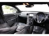 ボルボ V60 T6 AWD Rデザイン4WD