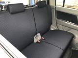 【後席画像】後席シートも大変綺麗な状態です。広々ゆったりと座れます。お問合せは080-2390-9933までお願い致します。