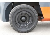 Rタイヤ:ノーパンクタイヤ