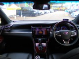 トヨタ ハリアー 2.0 プレミアム 4WD