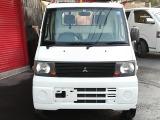 株式会社WONDERでは中古車販売、板金塗装、レンタカーも行っています。
