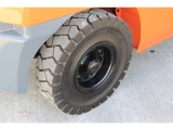 リヤタイヤはノーパンクタイヤ新品に交換済みです!!
