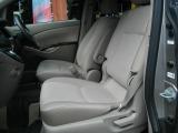 トヨタ アイシス 2.0 プラタナ Gエディション 4WD