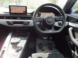 アウディ A4アバント 45 TFSI クワトロ スポーツ Sラインパッケージ 4WD