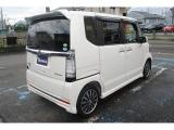 日本で一番売れている軽自動車の初代モデルとなります。