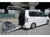 トヨタ ヴォクシー 2.0 X Lエディション ウェルキャブ スロープタイプI 車いす2脚仕様車