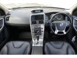 ボルボ XC60 T6 AWD SE 4WD