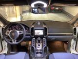 ポルシェ カイエン ターボ S ティプトロニックS 4WD
