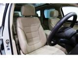 フォルクスワーゲン トゥアレグ V6 CDCエアサスペンション+アップグレードパッケージ 4WD