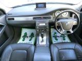 ボルボ XC70 T6 AWD SE 4WD