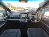 ステップワゴン 2.0 スパーダ Z 両側電動スライドドア、HIDライト
