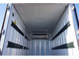 荷台内寸:302×167×173(すのこ付) ラッシング2段(57cm/117cm) 左サイドドア 荷室LED灯2個 冷凍機 東プレ/XV22LSC-P ±30度設定 -25度確認 スタンバイ付(コード欠)