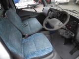 内装は汚れありますが年式相応綺麗です。 ハンドル擦れ有り。 天井薄汚れ有り。 運シート修理済み。 左右ドア灰皿フタ割れ有り。 ラジオ電源入りません。
