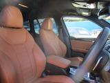 ボディカラー、フロントグリル、アルミなど外観をブラックで統一した『 限定130台 』の特別仕様車です!