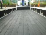 床板は木となっていますが要望御座いましたら鉄板張り加工できます。床フックも加工可能です。