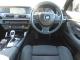 BMW 523i Mスポーツ パッケージ