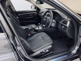 BMW 320dツーリング ラグジュアリー