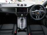 ポルシェ マカン GTS PDK 4WD