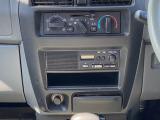 AM/FMラジオが付いています!エアコンもよく冷えます!