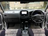 ダットサンピックアップ 2.4 AX キングキャブ 4WD ナビ地TVBカメラ FFヒーター 温水器