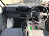 NV100クリッパー DX ハイルーフ 4WD