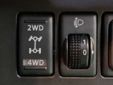 日産 ノート 1.5 15X FOUR プラスナビHDD 4WD