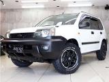 エクストレイル 2.0 Xt 4WD 新品アルミ&新品タイヤ インナーBKライト