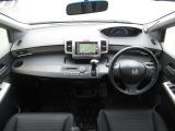 フリードスパイク 1.5 GL 1オーナー 禁煙車 SDナビ 両自動ドア