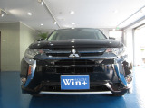 アウトランダーPHEV 2.0 G プレミアムパッケージ 4WD サンルーフ 本革シート 純正アルミ
