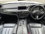 X5 xドライブ 35d Mスポーツ 4WD 黒革 パノラマサンルーフ 5人乗り