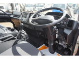 レンジャー 冷凍車 2.6t 4WD 標準ベッド付 低温