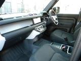 ディフェンダー 110 2.0L P300 4WD 70台特別限定車ダブルオーエディション